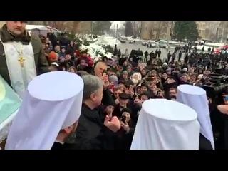 Томос-тур сьогодні в Черкасах. Діалог місцевого активіста Олег Лысак з Президентом