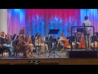 Rostovski-Akademiçeski Simfoniçeski-Orkestrtan video