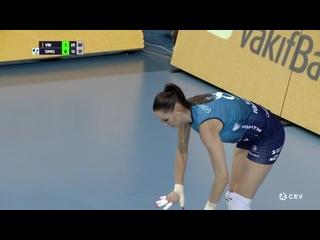 Волейбол ЛЧ женщины 1/4 финала 2-й матч ВакыфБанк vs Динамо Москва