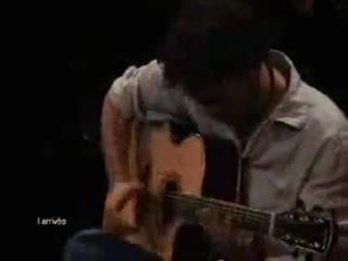 Симпатичный латинос изнасиловал гитару