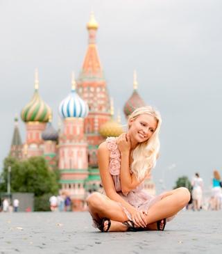 работа в москве для девушек выезд
