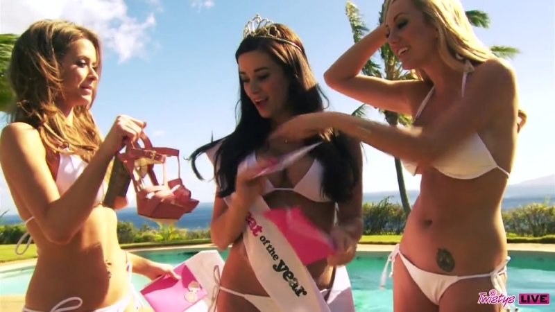 TREAT OF THE YEAR BACKSTAGE LIVE Emily Addison, Taylor Vixen, Brett Rossi