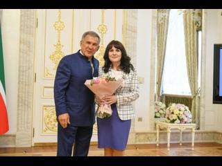 Президент Республики Татарстан Рустам Минниханов вручил государственные награды представительницам Росгвардии