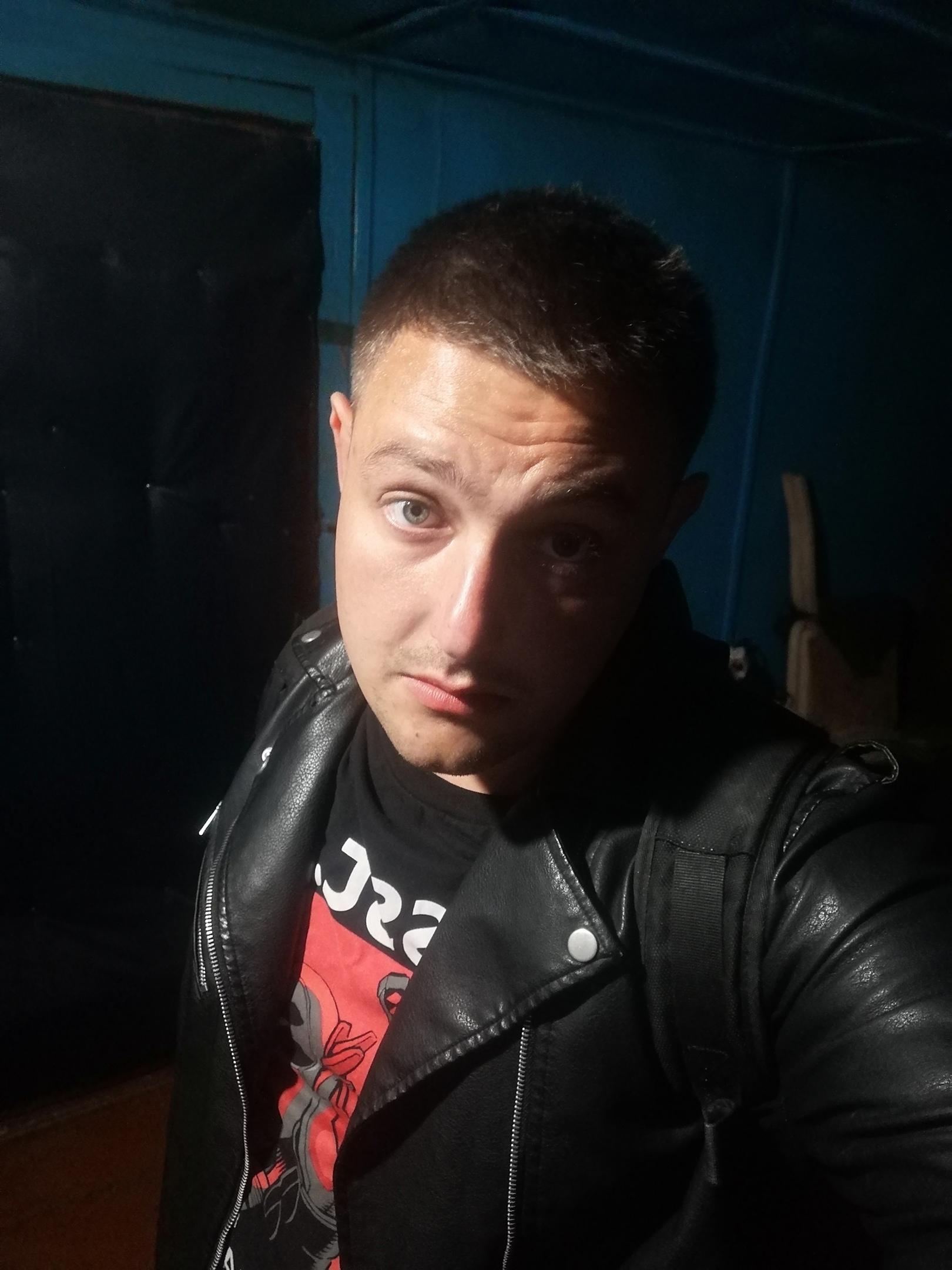 Евгений, 30, Brahin