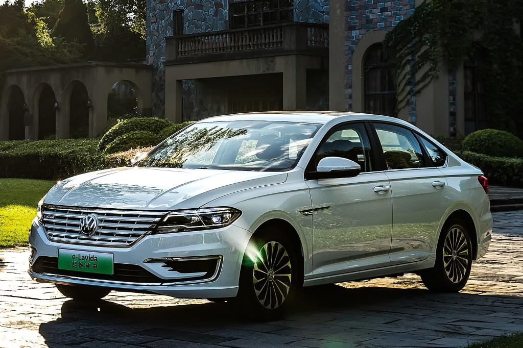 4 место: Volkswagen Lavida — 127 814 шт., 1,8% рынка