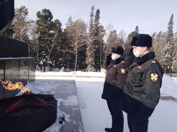 Томские росгвардейцы приняли участие во всероссийской акции «Защитим память героев», изображение №1