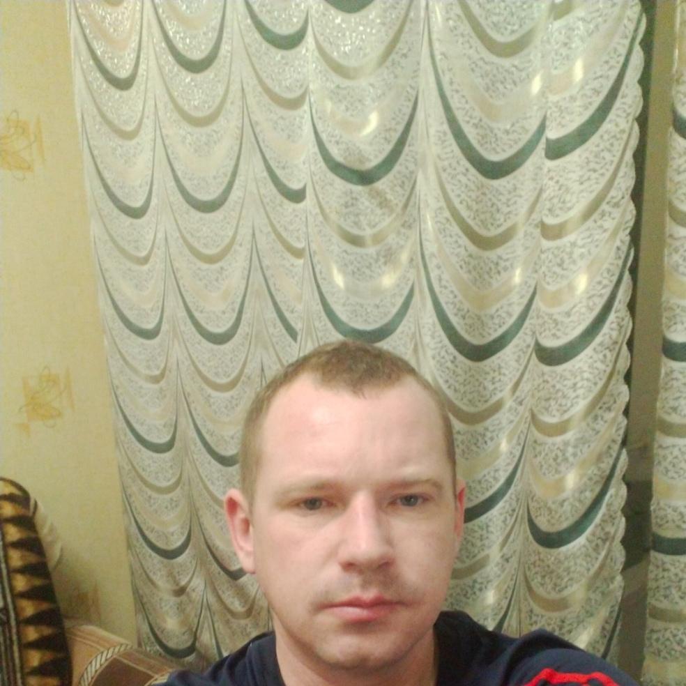 Максим, 37, Rybinsk