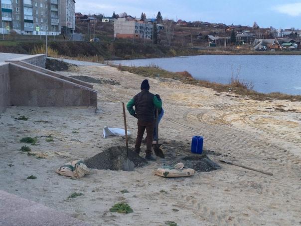 #фотофактСвершилось! Городской пляж дождался устан...