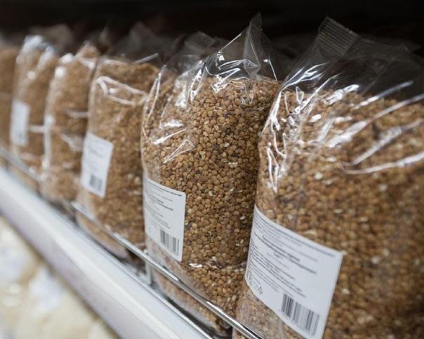 Цены на гречку в магазинах впервые за 10 лет превы...
