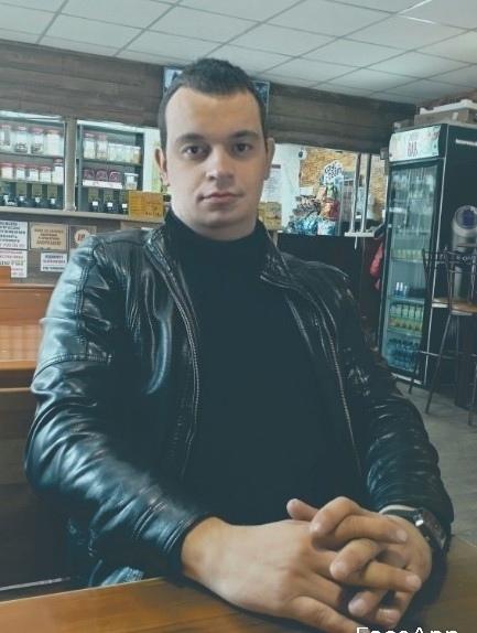 Привет🙂👋Я Саша мне 35 лет,я из Тольятти ,если тебя...