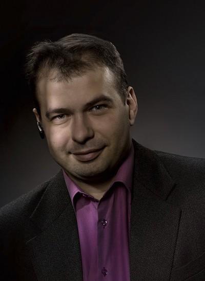 Максим Титов