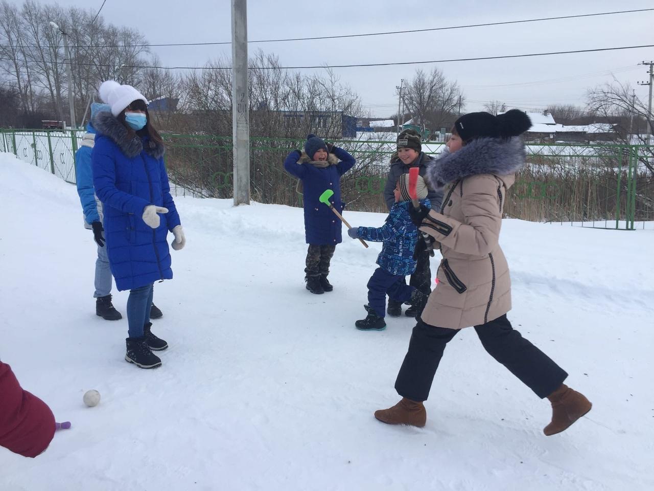 8 января в Сорочкинском сельском поселении состоялись игры « Мы, дружим со спортом!»