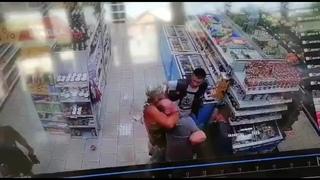 Операция «маньяк»: разыскиваемого в Волгограде педофила задержали в магазине