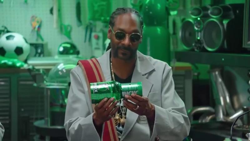 Как сделать БОНГ дудку СО СНУП ДОГОМ Snoop Dogg how to make Bong!