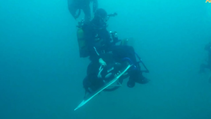 Подводную инвалидную коляску Барракуда протестировали в Анапе на Утрише