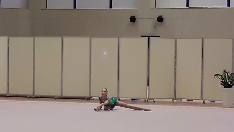 Яна Стрига булавы Олимпийские Надежды 2017