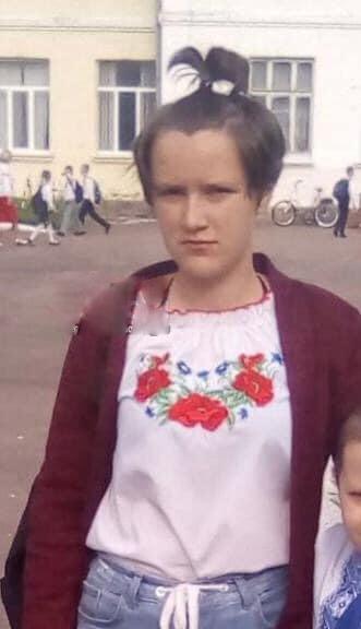 15-летний подросток задушил 12-летнюю девочку из-за сeкса О пропаже 12-летней жительницы города Яготин сообщил ее отец. Полиция сразу начала поиски. Вышли на 15-летнего местного жителя, который