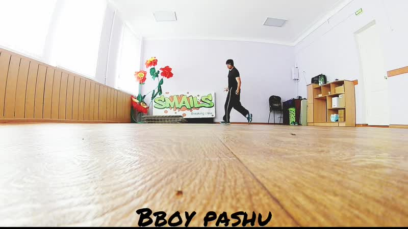 Power move bboy pashu smails breiking