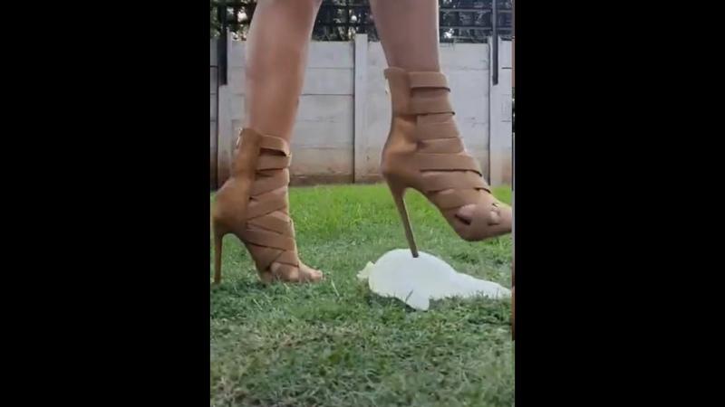Crushing kick in high heels! Crush fetish! Trample. High heels crush! Trample! ASMR. Wheels crush.