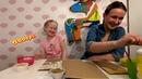 Милые и забавные поделки. Юля и мама делают поделки из гороха и фасоли. Посмотри что у них получится